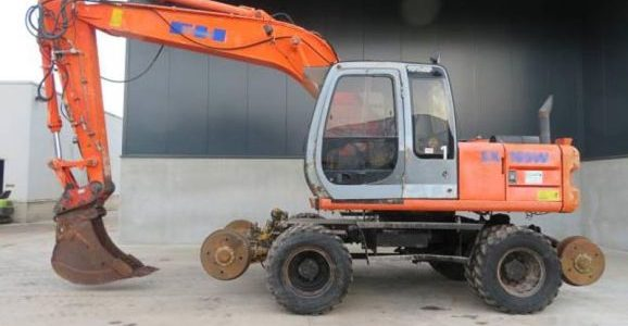 Hitachi EX165W Wheel Excavator 2002