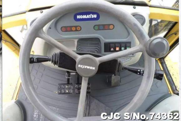 Komatsu WB93R-2 Backhoe Loader 2000